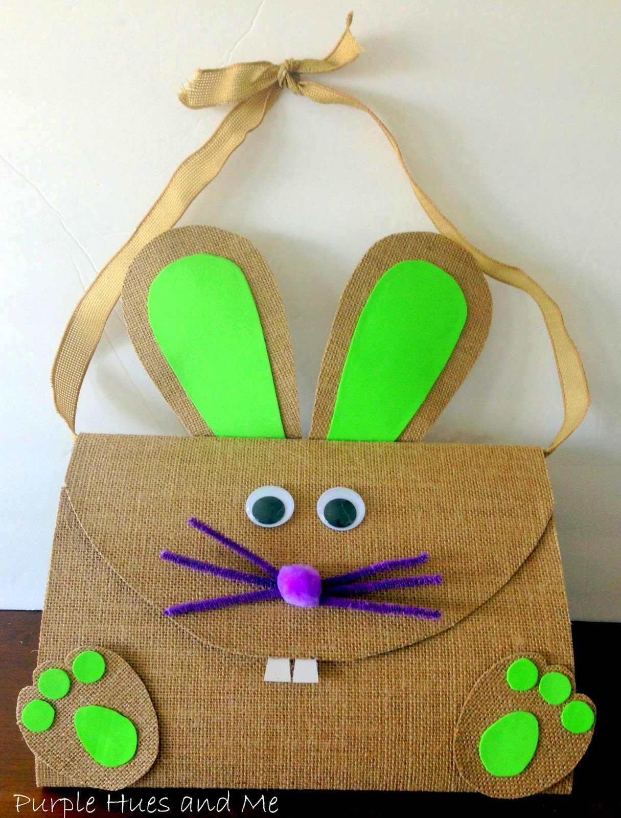 http://plumperfectandme.blogspot.com/2015/03/burlap-easter-bunny-bag.html