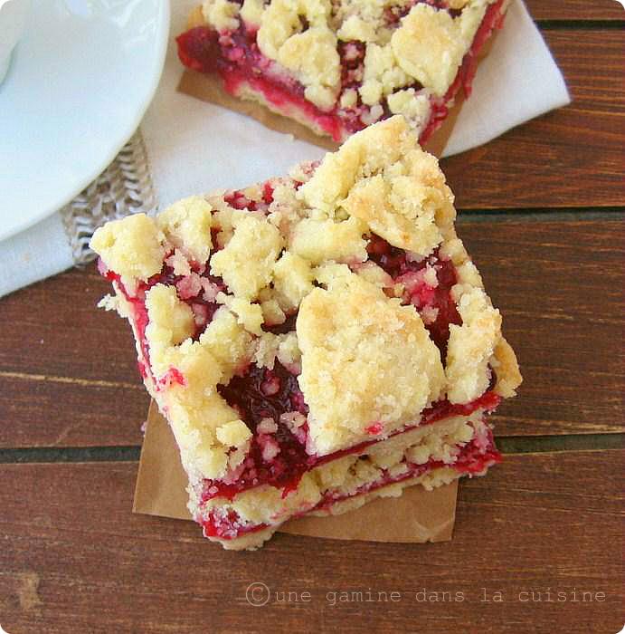 une gamine dans la cuisine: brown butter cranberry shortbread bars