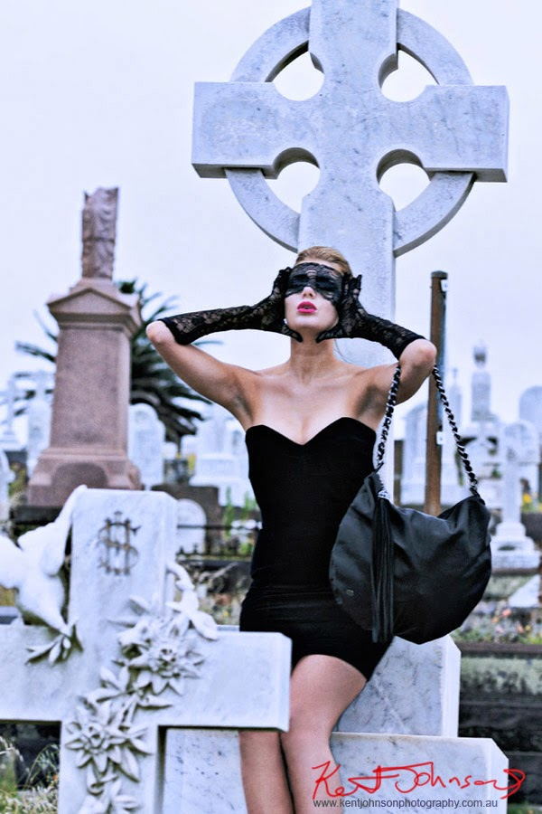 Gothic Fashion Style and Seances with Designer Handbags - Model Rochelle Fox - Photographer Kent Johnson.