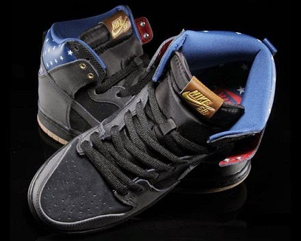 http://www.flightclub.com/nike-dunk-high-premium-sb-stars-black-black-dark-royal-blue-081094