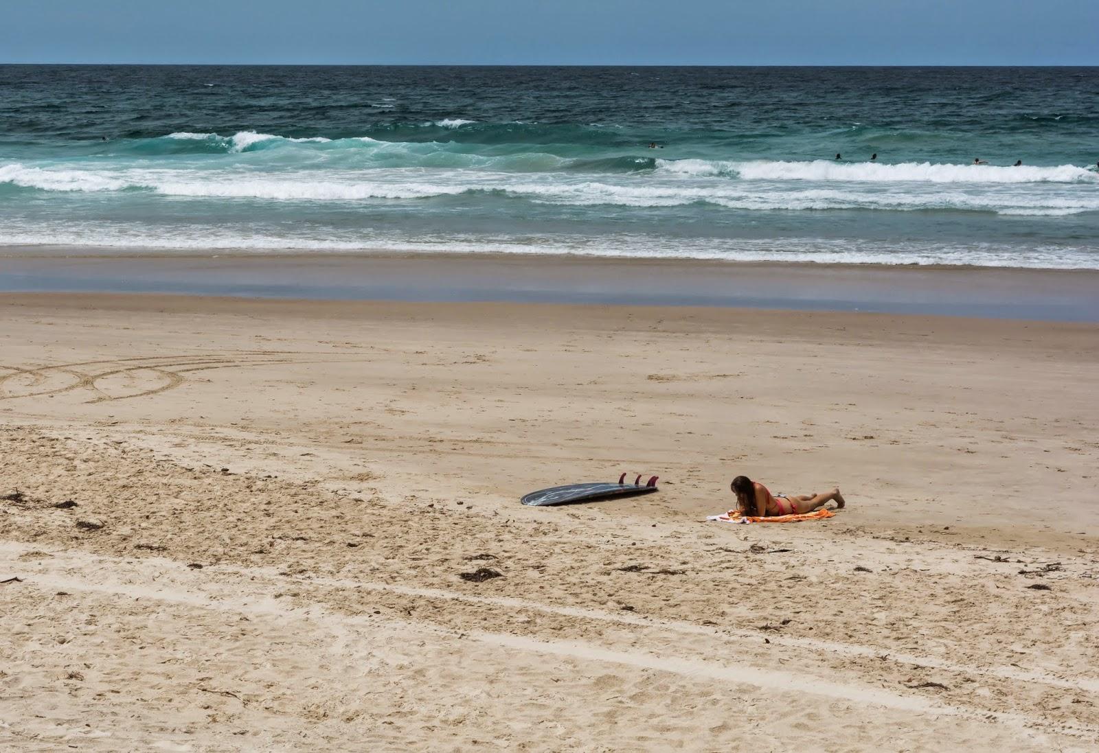 серфинг девушки океан пляж в Голд Кост