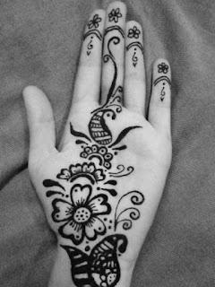 hennas tetovējumi