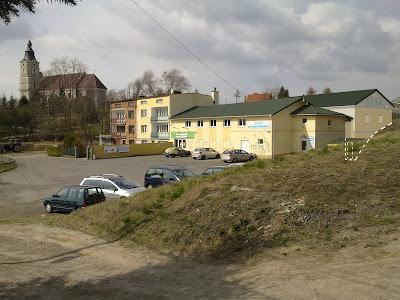 Architekt Rzeszów. Wizualizacja budynku handlowo-usługowego. Uzgodnienie z WKZ.