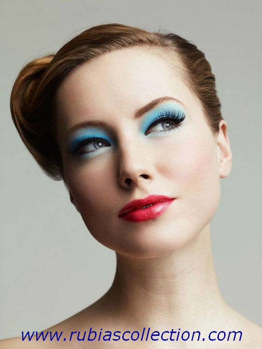 Blue eyes makeup is mostly adopted by models and also used for parties