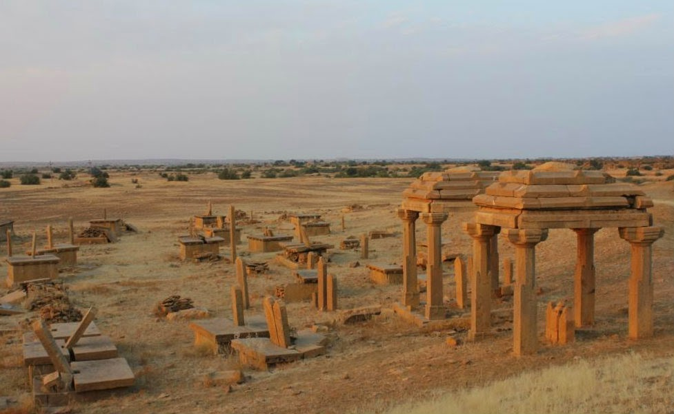 Cenotaphs or graveyard in Kuldhara