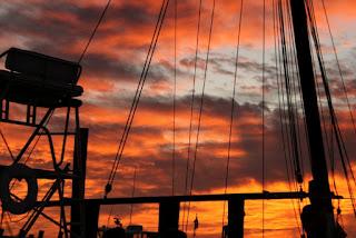 Sunset Boat Emerald Coast