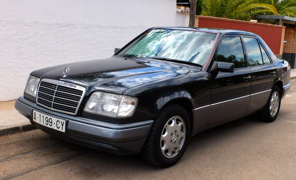 Mercedes benz w124 mayo 2014 for Mercedes benz 1990 e300