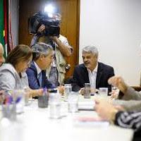 Mesmo considerando a situação indefensável, 9 petistas votaram a favor do companheiro corrupto.