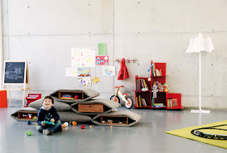 Separador, contenidor, seient terra per nens guerrilla de Stone Designs