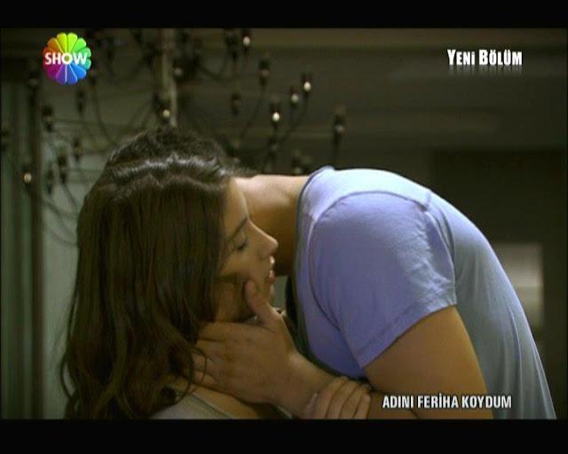 Watch Feriha and emir's 66th Episode's Uncut Romantic kissing scene