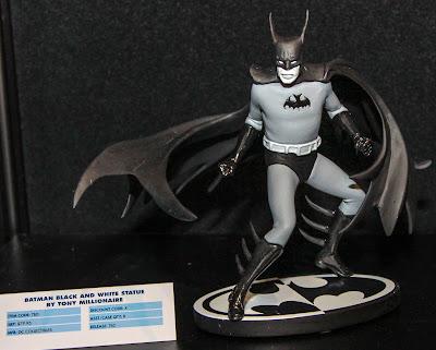 DC Collectibles Batman Black & White Statue - Tony Millionare