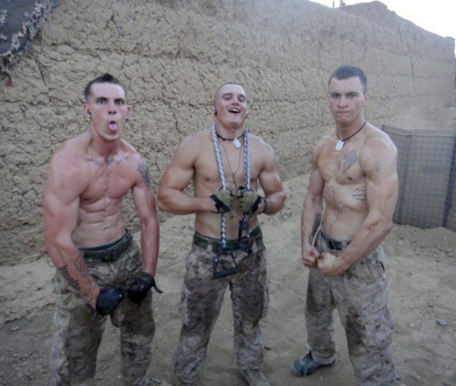from Erik nifty gay army guys 1
