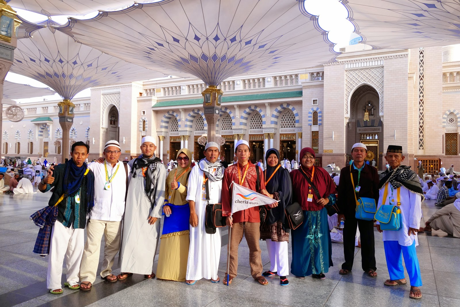 umroh murah backpacker