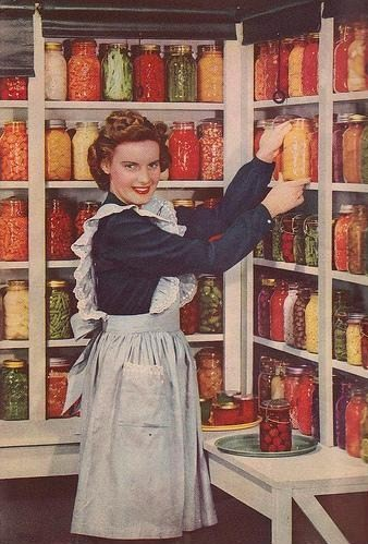 INSPIRATION THURSDAY, CANNING PANTRY