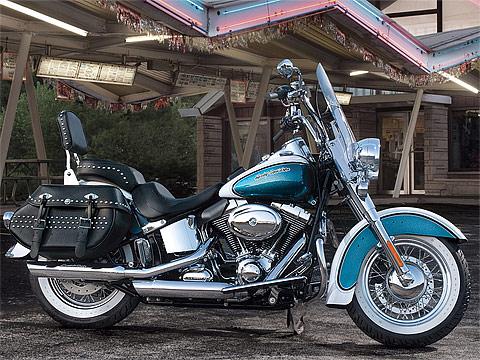 Gambar motor 2013 Harley-Davidson FLSTC Heritage Softail Classic -