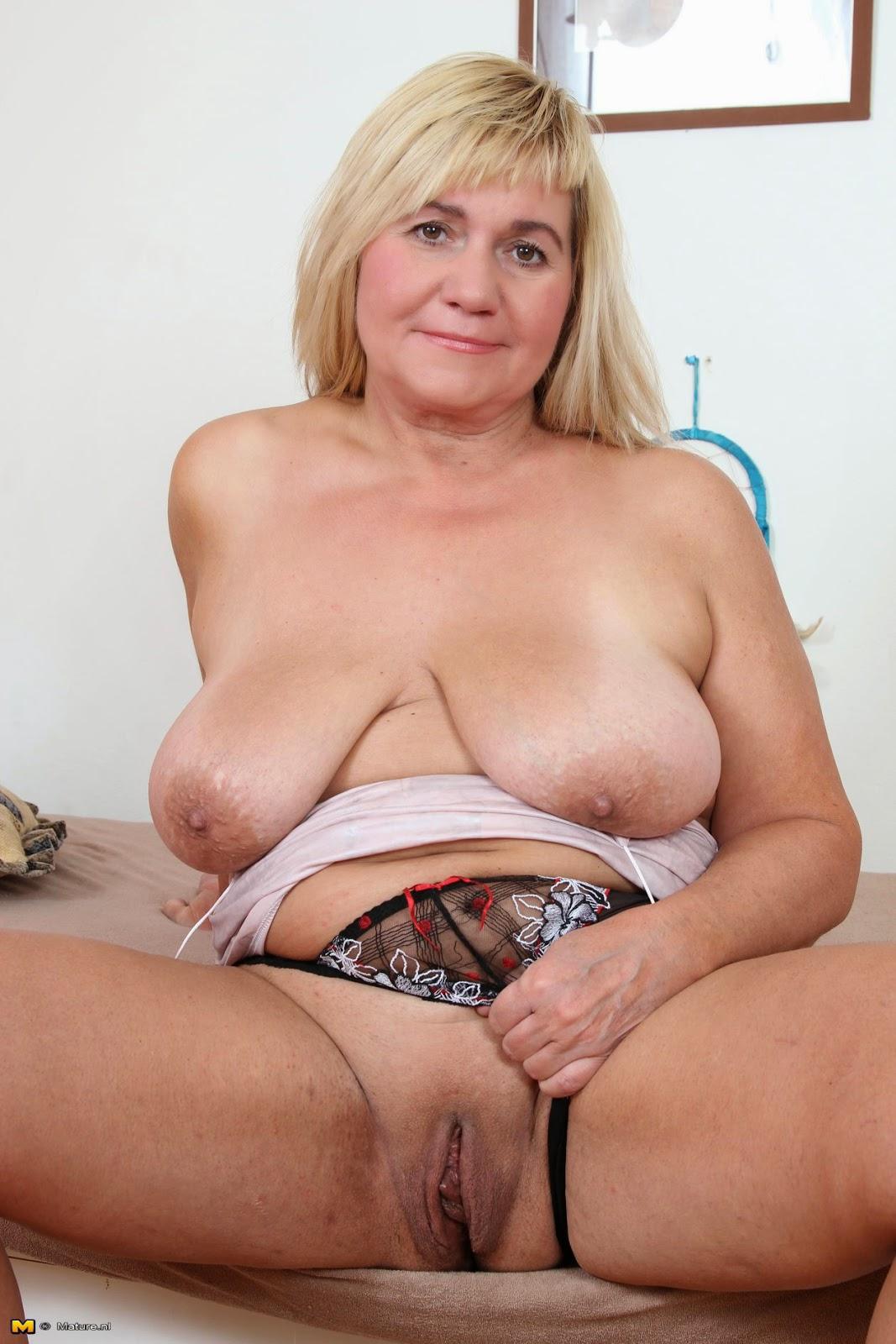 Фотки голих толстих женщын 8 фотография