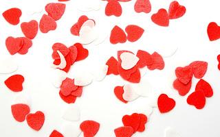 Corazones rojos y blancos muy tiernos