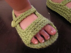 Crochet Baby Toe Sandals Free Pattern : Crochet For Free: Open toe crochet Sandals