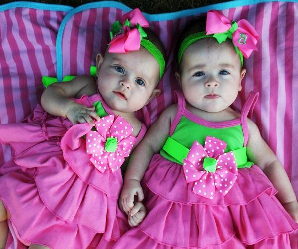 Les Chambre A Coucher Rouge Et Noir : Photos des bébés jumeaux  Bébé et décoration  Chambre bébé