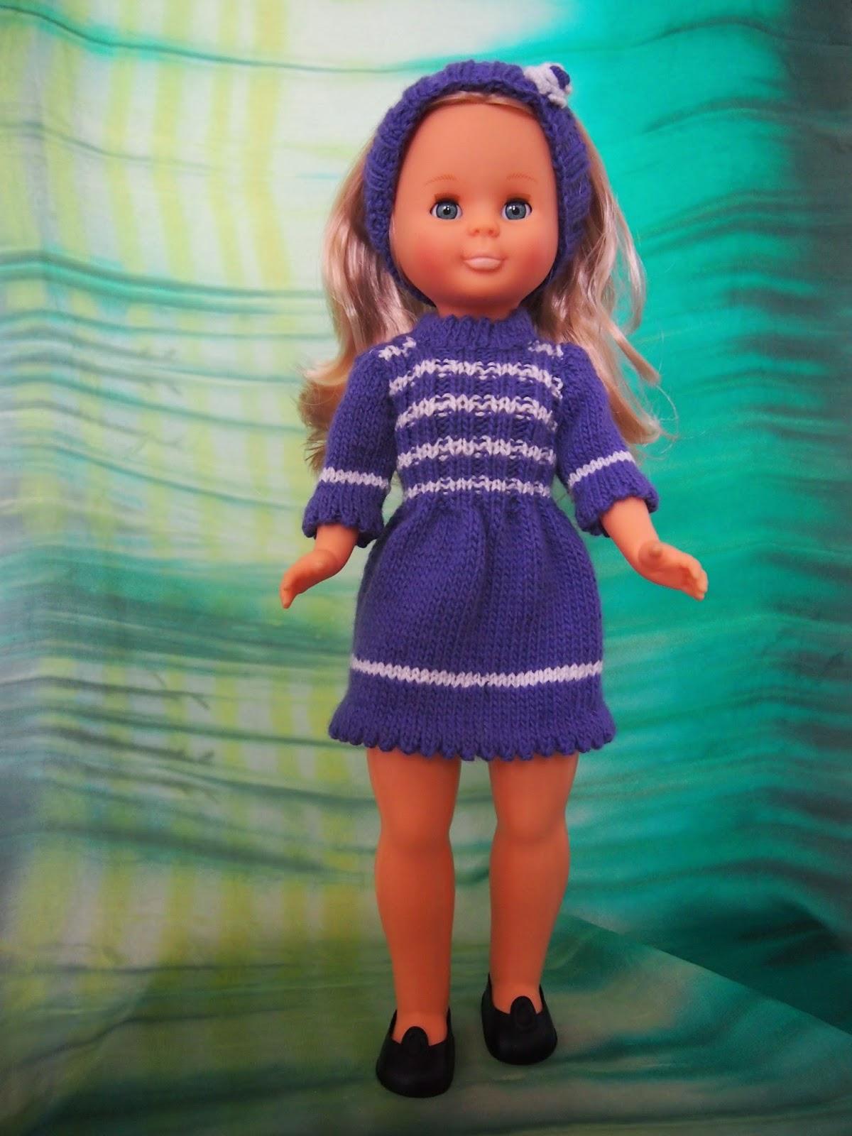 http://begodolls.blogspot.com.es/2014/11/vestido-de-punto-azul.html