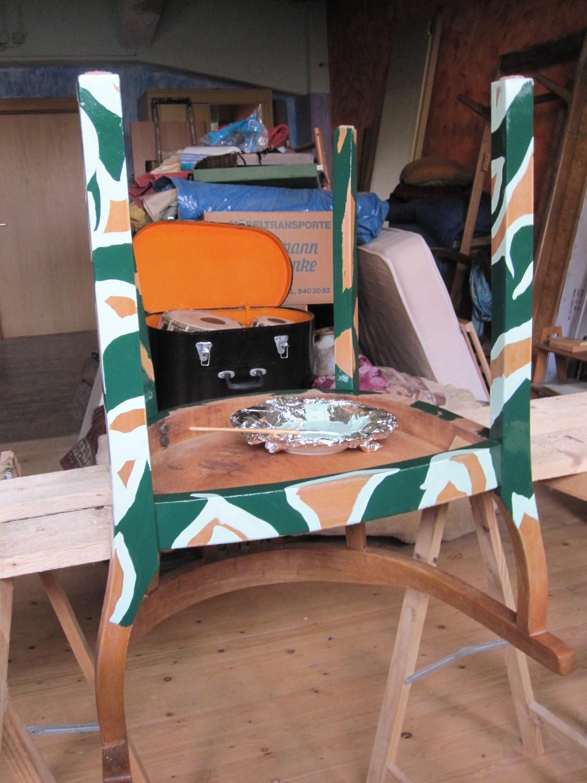 Stühle Bemalen textil kunst keller 2 alte stühle neu bemalt