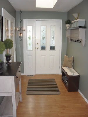 Home frosting newly painted entryway - Small entryway paint colors ...