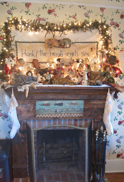 Hark The Herald Angels Sing… Christmas at Joan's Pretty Old House