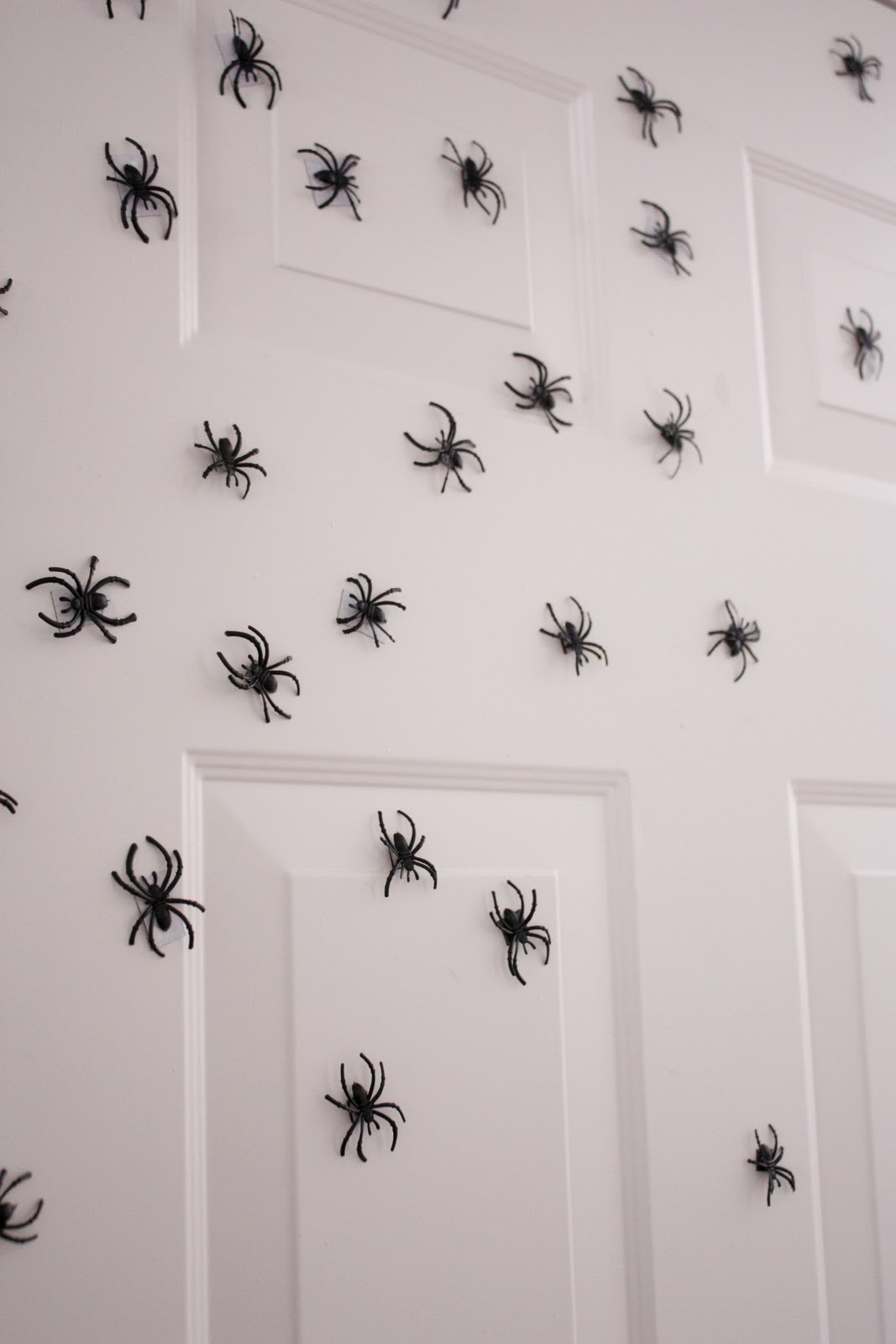 halloween magnetic spiders - Halloween Spiders