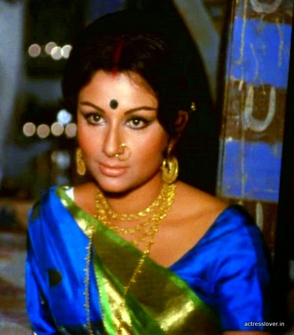 Sharmila Tagore hot actress