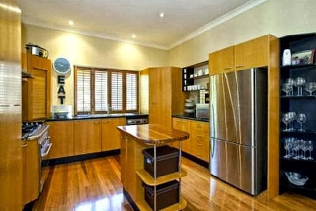 U-Shape Kitchen Cabinet