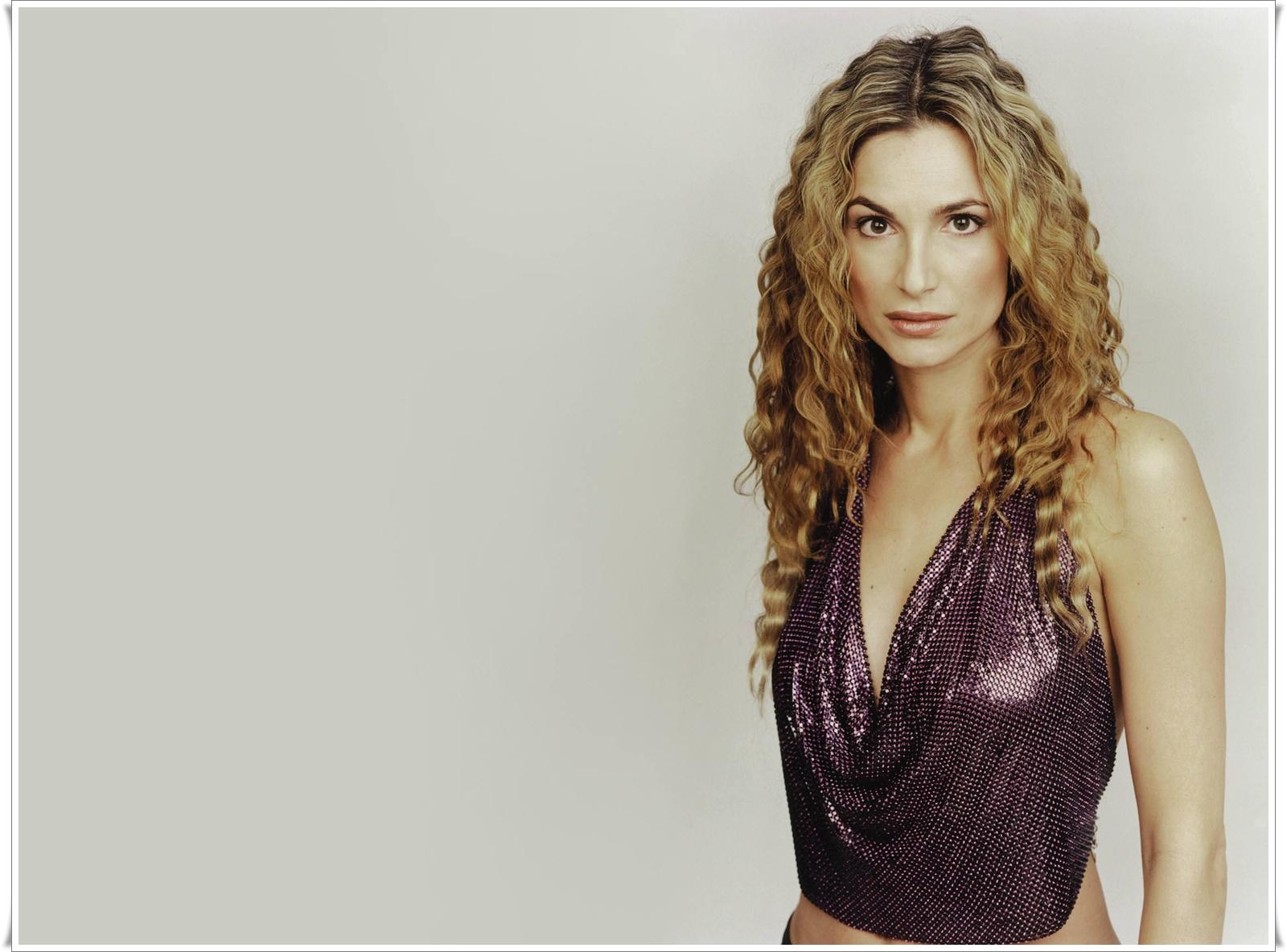 alexandra kamp hollywood hot actress hd wallpapers 2013 | its all