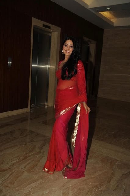 MAHI GILL IN TRANSPARENT SAREE