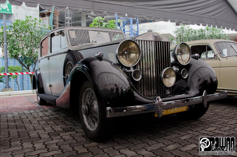 Motoring Heritage Day Powaa Garage
