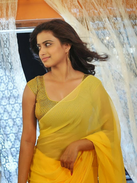 Dimple Chopda in Transaprent Yellow Saree Lovely Simple Homely Beauty Dimple Chopda