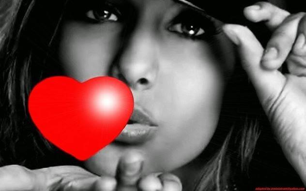 Amoureuse  Elle t'aime vraiment tu sais Il n'y à qu'à elle que tu plais Ses yeux brillent quand elle parle de toi Elle est folle de toi,crois moi