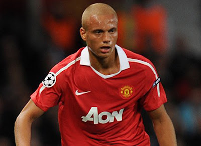 wes brown manchester united transfer