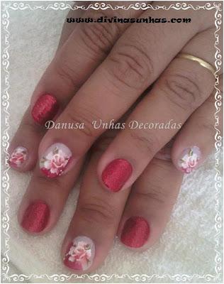 unhas-decoradas-fundo-vermelho-danusa2
