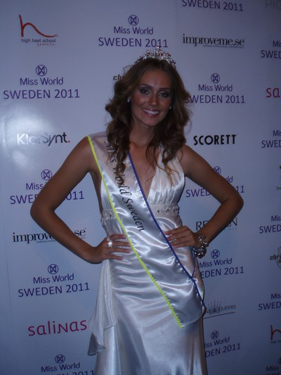 Miss-World-Sweden-2011-Nicoline-Artursson-9