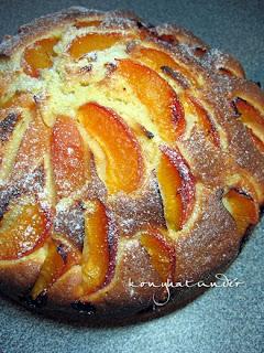 apricot-cake