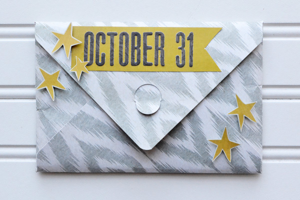 Halloween Brag Book by Aly Dosdall #halloween #envelopepunchboard #minialbum