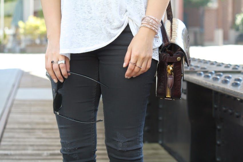 tee-jeans-casual-rockstud-slingbacks-trifold-shoulderbag-leather-designer