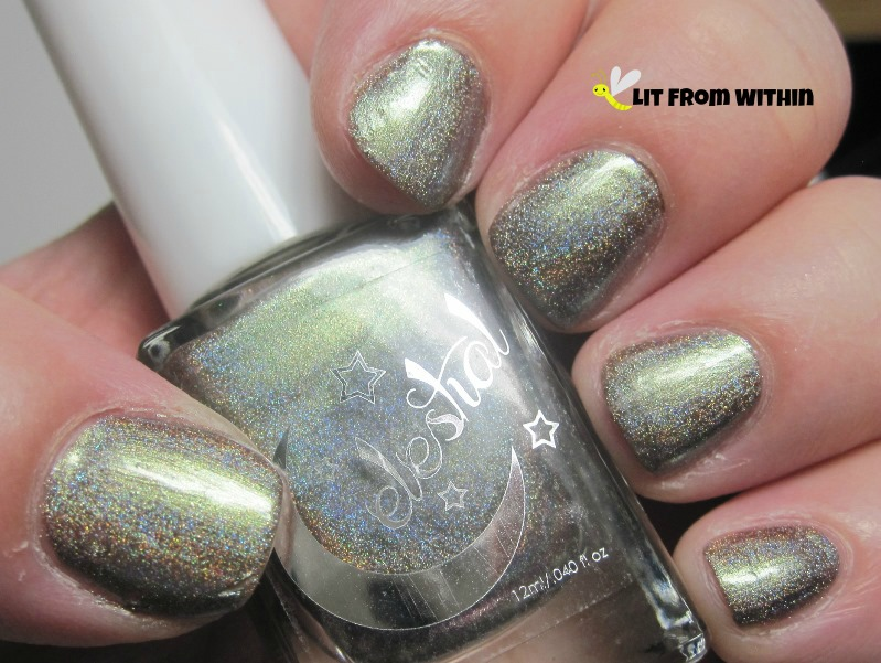 Celestial Cosmetics Meteoroid, a multichrome holo that morphs between gold and green and bronze