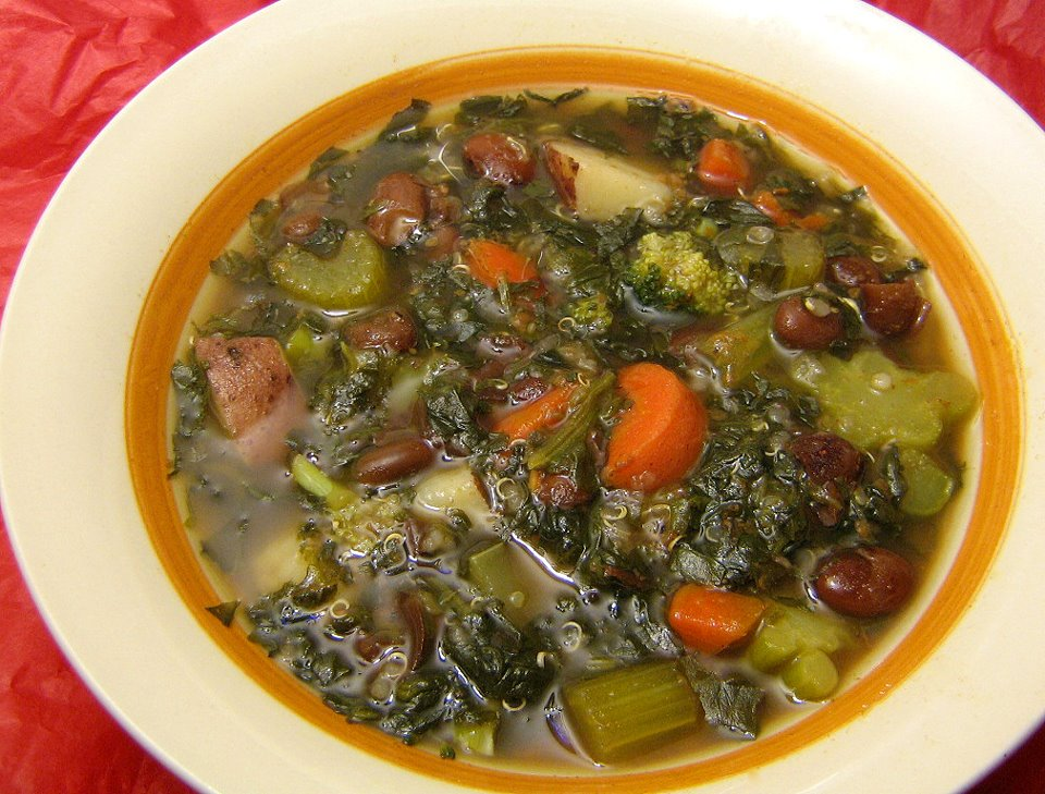 spinach soup with fried garlic a simple spinach soup 3 cloves garlic ...