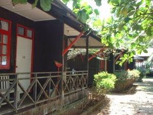 http://www.letsbookhotel.com/en/malaysia/kampung-ru-tapai/hotel/kembara-resort.aspx
