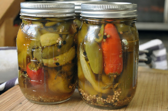 Recipe: Pickled hot peppers