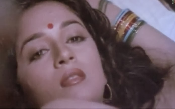 MadhuriDixit Hot navel kiss-Vinodh khanna | Gsv Pics - Photos with ...