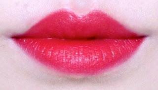 swatch Suqqu creamy glow lipstick lip lipswatch 18 karakurenai