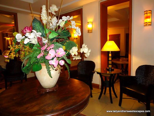 lobby in Hotel Alejandro Tacloban