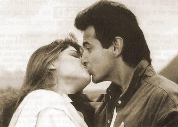 mamata kulkarni kiss. Bollywood HOT kissing Sanjay