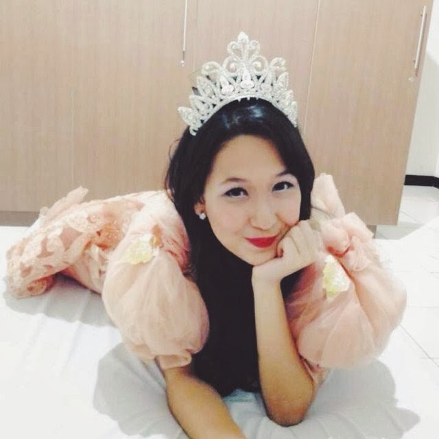 Pricilla Blink as Princess